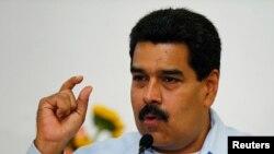 Presiden Venezuela Nicolas Maduro saat memberikan keterangan kepada media di Istana Miraflores, Caracas, 9 September 2013 (Foto: dok).