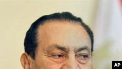 مصر: حسنی مبارک کی فوجی اسپتال میں منتقلی