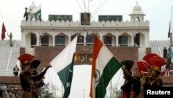 افغان حکومت له پاکستان غواړي چې افغان سوداګرو ته دې هندوستان سره د سوداګرۍ لپاره د واګې بندر پرانیځي.