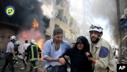 រូបភាពឯកសារ៖ រូបភាពនេះត្រូវបានថតនៅថ្ងៃទី០៨ ខែមិថុនា ឆ្នាំ២០១៦ ហើយត្រូវបានផ្តល់ដោយអគ្គនាយកដ្ឋានការពារជនសុីវិលសុីរីក្នុងខេត្ត Aleppo។