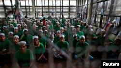 Người Hồi giáo Rohingya nhập cư bất hợp pháp tại Trung tâm giam giữ trong tỉnh Kanchanaburi ở Thái Lan.