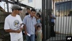 Los cubanos recibieron esta noticia en medio de dudas e incertidumbre por el futuro de la inmigración hacia Estados Unidos