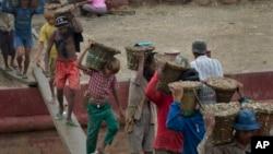Yadda ake bautar da kananan yara a Myanmar