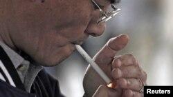 Sebanyak 17,3 juta warga Filipina merokok, atau sekitar 30 persen dari penduduk dewasa Filipina adalah perokok (foto: dok).
