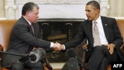 Tổng thống Hoa Kỳ Barack Obama tiếp kiến Quốc vương Jordan Abdullah tại Phòng Bầu Dục của Tòa Bạch Ốc ở Washington, ngày 17/1/2012