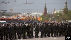 Москва, Воскресенье, 6 мая 2012 года