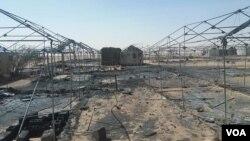 Les tentes incendiées du camp des demandeurs d'asile d'Agadez le 4 janvier 2020. (Courtesy photo/Air infos Agadez)