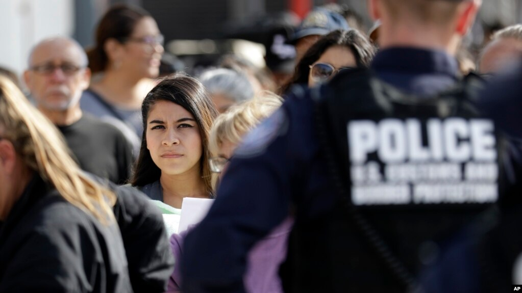 Agency: Fear of Returning Home Spikes at US-Mexico Border