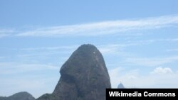 巴西甜麵包山 (維基共享)