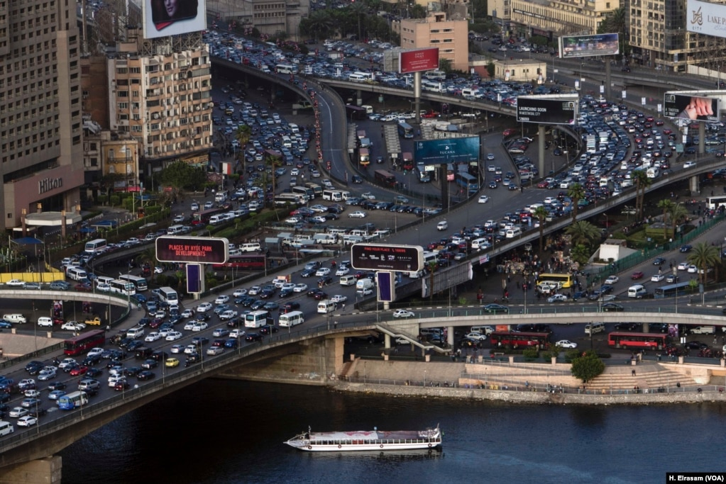 Overcrowding in Cairo is already contributing to pollution in the Nile, Feb. 26, 2018. Experts say the problem may get worse if the dam chokes off the river's flow.