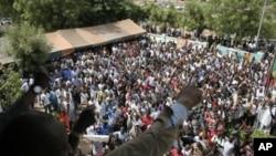Manifestation contre le coup, à Bamako (26 mars 2012)