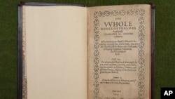 """Buku Mazmur atau """"The Bay Psalm Book"""" milik Gereja Old South Church di Boston. (Foto: Dok)"""
