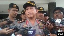 Kapolda Metro Jaya Inspektur Jenderal Tito Karnavian menjelaskan tentang kasus penembakan gedung ESDM, di Jakarta hari Jumat 11/9 (foto: Andylala/VOA).