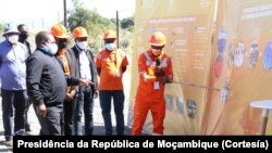 Filipe Nyusi, na Central Fotovoltaica de Matchedje, Sanga, Niassa.