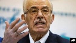 Hassan Abdul-Azim, shugaban 'yan adawan kasar Syria