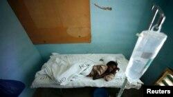 Une Kenyane victime du virus de la fièvre hémorragique de la vallée du Rift (Reuters)