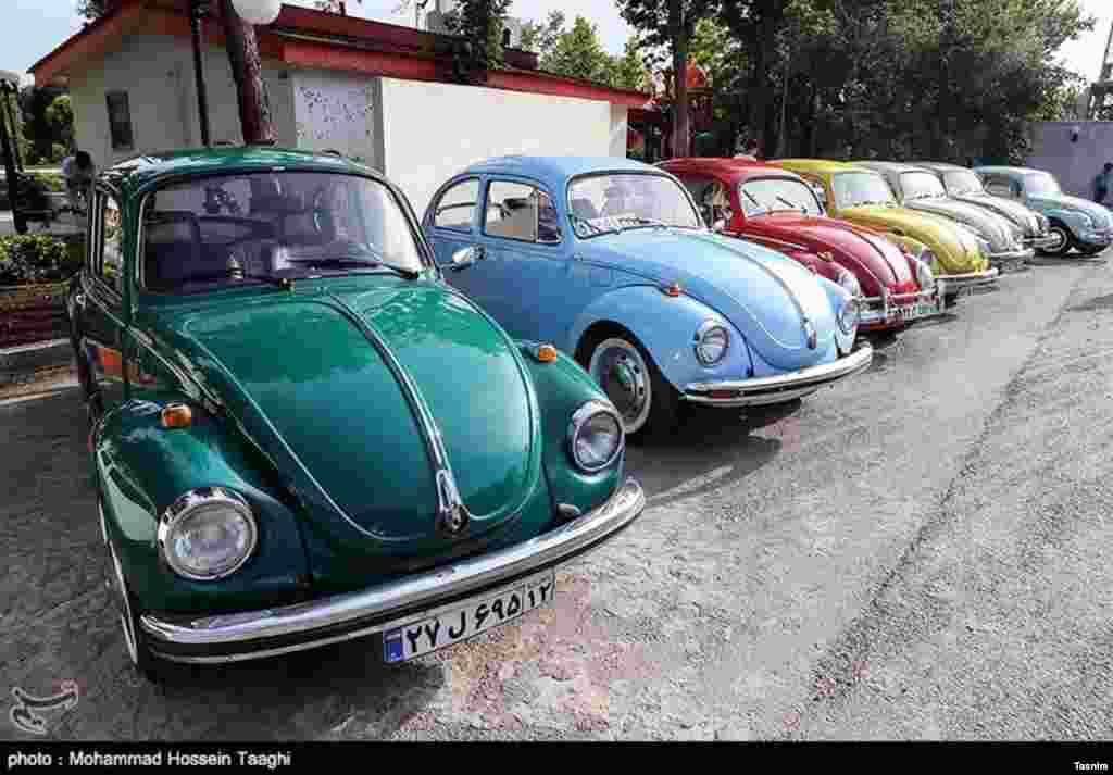 نمایشگاه خودروهای فولکس واگن در مشهد - ۱ خرداد ۱۳۹۵