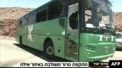 Израильский автобус, обстрелянный террористами