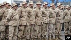 Македонските војници од ИСАФ почестени во американската амбасада во Скопје
