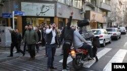 شلیک به پهپاد و واکنش مردم تهران شلیک به پهپاد و واکنش مردم تهران