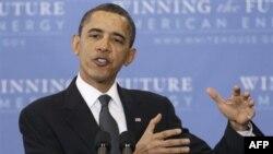 Obama Petrol İthalatını Üçte Bir Azaltmak İstiyor