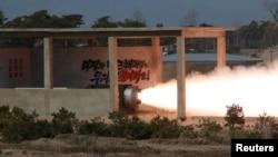 북한이 고출력 고체 로켓 엔진의 지상 분출 실험에 성공했다고, 관영 조선중앙통신이 지난 24일 보도했다.