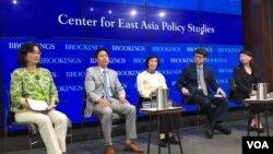 미국 워싱턴의 브루킹스연구소에서 9일 재미이산가족문제 토론회가 열렸다.