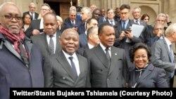 Président Denis Sassou ya Congo-Brazzaville elongo na molongani wa ye (na delo ya liboso) na Vital la Kamerhe, mokambi ya misala ya président Félix Tshisekedi ya RDC, na matanga ya nkondo président Jacques Chirac na Paris, France, 30 septembre 2019. (Twit