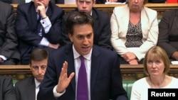El líder de la oposición británica, Ed Miliband, logró en forma rechazar la propuesta del primer ministro David Cameron para atacar Siria.