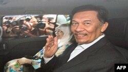 Ông Anwar Ibrahim cho rằng vụ truy tố hiện nay là một mưu toan khác nữa của chính phủ để loại trừ mối đe dọa chính trị từ phía ông