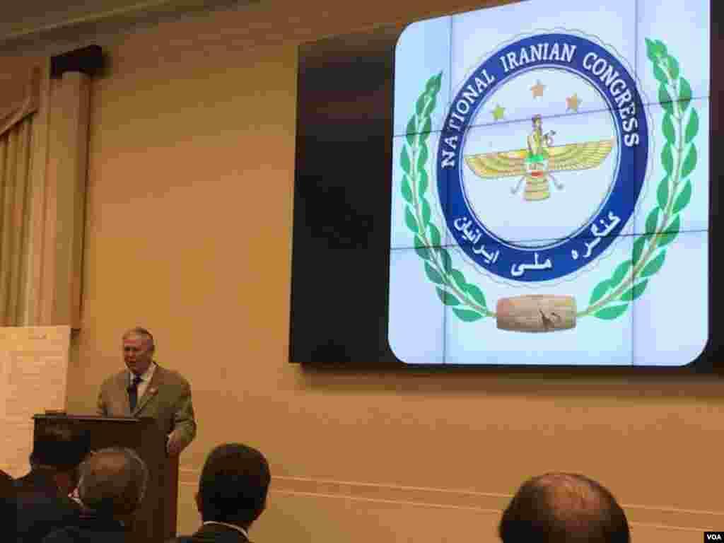 دانا رورباکر، عضو مجلس نمایندگان آمریکا در نشست «گذار دمکراتیک ایران»: مردم ایران باید بدانند که حامیانی در اینجا دارند.