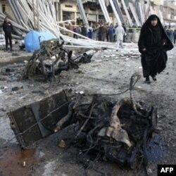 Bag'dod yaqinida 24-yanvar kuni bomba portlaganidan keyingi manzara