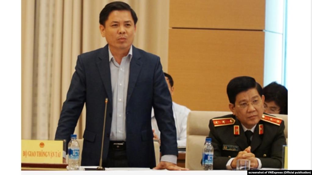 Bộ trưởng Giao thông-Vận tải Nguyễn Văn Thể phát biểu trước một ủy ban Quốc hội, tháng 3/2019