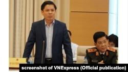 Nguyễn Văn Thể: 'Tất cả các sai phạm về chất lượng hay tiến độ thi công đều được xử lý nghiêm khắc, thậm chí phải… đi tù ngay.' Hình chụp hồi tháng Ba, 2019.
