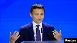 Журнал Forbes називає Джека Ма третьою найбагатшою людиною у Китаї зі статками понад 36 мільярдів доларів