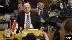 Suriye'nin Arap Birliği Büyükelçisi Yusuf el Ahmet Kahire'deki toplantıda