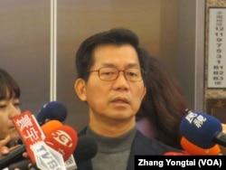 台灣在野黨民進黨立委李應元 (美國之音張永泰拍攝)