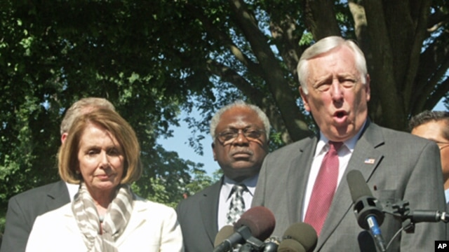 Congressional Democrats speak to reporters after meeting President Obama at the White House, May 2, 2011