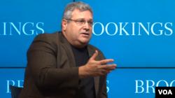 罗伯特•卡根(Robert Kagan), 布鲁金斯学会国际秩序与战略项目资深研究员