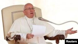 El papa Francisco encabeza la audiencia general del miércoles en la plaza de San Pedro en el Vaticano, el 29 de agosto de 2018.