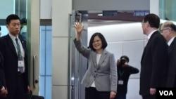 台湾总统蔡英文10月28日出访南太平洋3个邦交国 (台湾总统府图片)