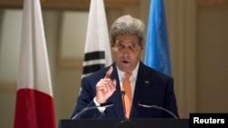 존 케리 미국 국무장관이 지난달 23일 뉴욕에서 열린 북한인권 관련 장관급 회의에서 발언하고 있다.