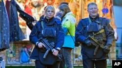 警察在德国多特蒙得市巡逻(2016年12月20日)