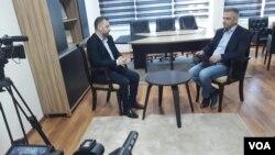 Potpredsednik Vlade Kosova Dalibor Jevtić tokom intervjua sa novinarom Glasa Amerike Budimirom Ničićem, 3. januar 2017.