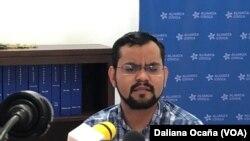 Max Jerez hace la denuncia de que hombres armados atacaron a varios opositores después de una reunión política en el interior de Nicaragua.