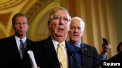 سناتور میچ مکانل به د سنا د اکثریت ګوند مشر وټاکل شي
