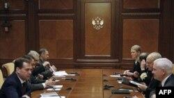 Президент России Дмитрий Медведев принял главу Пентагона