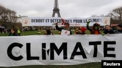 Protest aktivista u Parizu