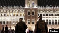 در هفته های اخیر پلیس بلژیک دهها نفر را به ظن ارتباط با گروههای تروریستی بازداشت کرده است.