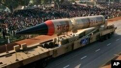 2008年印度国庆展出烈火-3弹道导弹